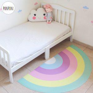 שטיח PVC לחדר ילדים - קשת בענן