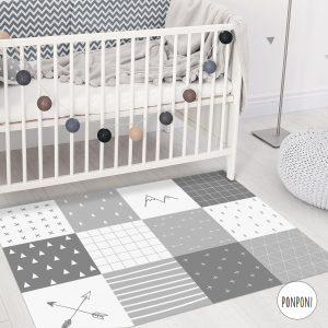 שטיח מלבני לחדר ילדים ותינוקות - טלאים אפור PVC