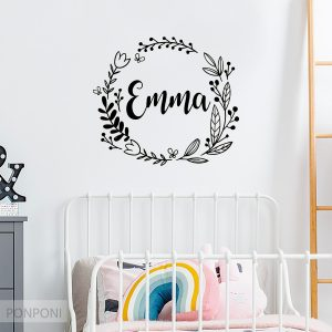 מדבקת שם לקיר – לחדרי ילדים ותינוקות