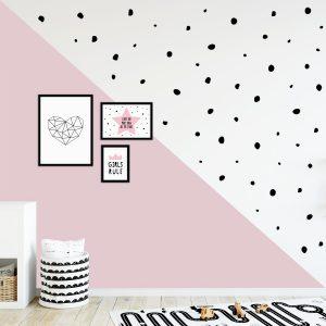 מדבקות קיר עיגולים לא סימטרים